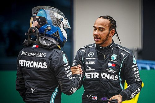 """Hamilton: """"Tenéis que respetar a Bottas, recordad a quién se enfrenta"""""""