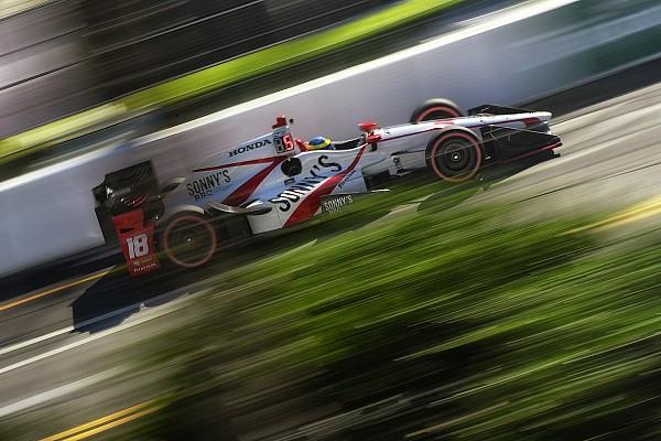 IndyCar Отчет о гонке Бурдэ выиграл гонку в Сент-Питерсберге с последнего места, Алешин – 14-й