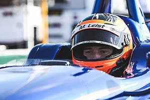 Indy Lights Reporte de calificación Leist toma la pole para la Freedom 100