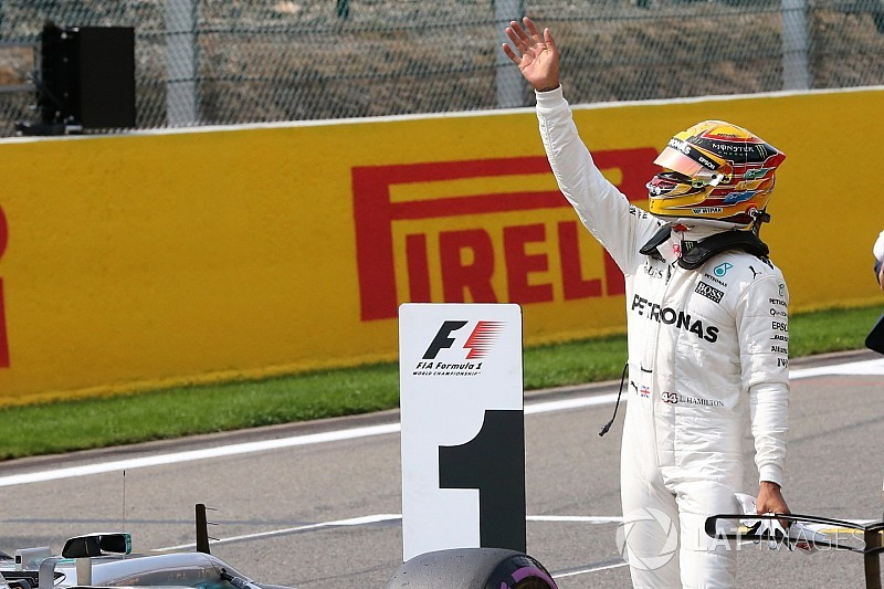 Após vitória em Spa, Hamilton encosta em Vettel; veja tabela