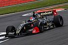 Formula V8 3.5 Doppietta Lotus in Qualifica 1: Fittipaldi in pole a Silverstone davanti a Binder