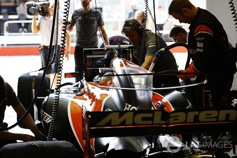 マクラーレン、ルノーPU搭載の新車MCL33を初始動。動画を公開