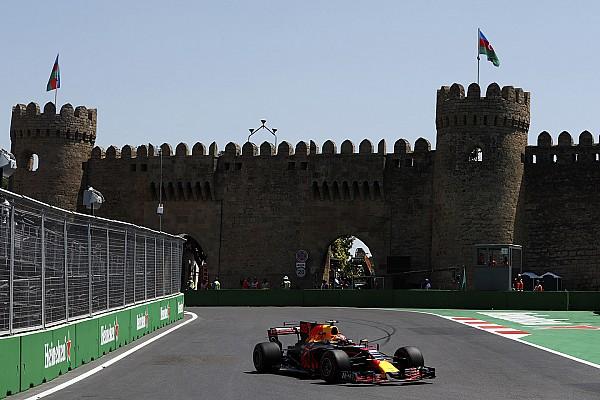F1 Reporte de prácticas Verstappen dominó en Bakú, pero terminó el día con un choque