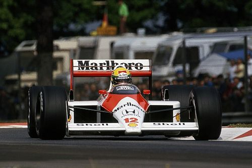 Senna legendás autóit vezetheti a McLaren párosa!