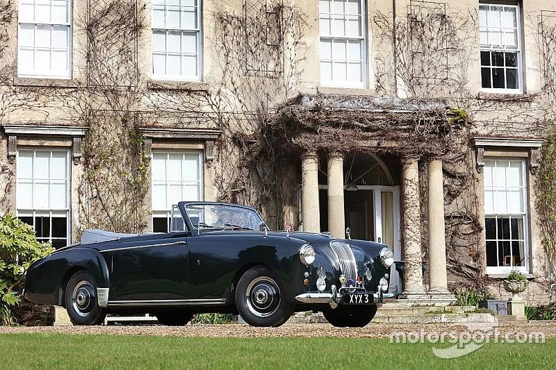 Koninklijke Aston Martin Lagonda uit '54 naar de veiling