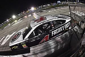NASCAR Cup Отчет о гонке Харвик выиграл гонку NASCAR в Атланте
