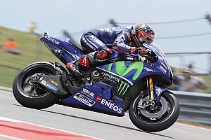 MotoGP Verslag vrije training Derde training draait uit op crashfestival: Marquez tweemaal onderuit, P1 Viñales