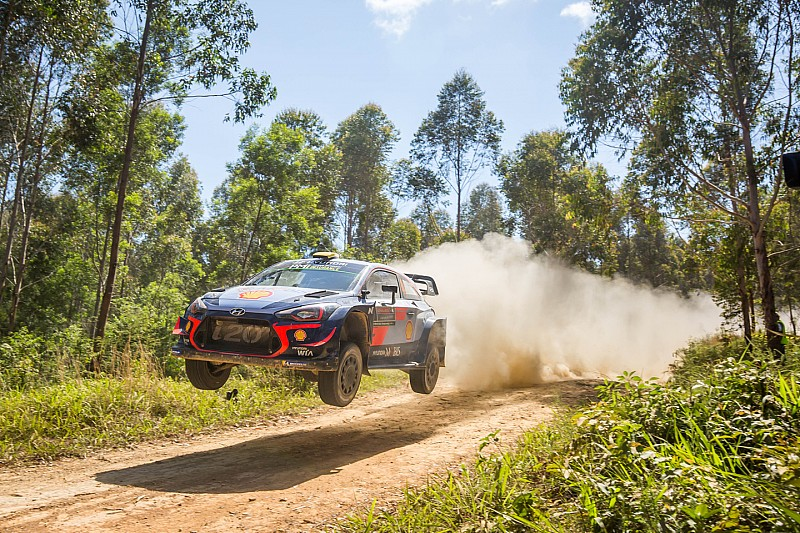 Mikkelsen irate at organisers after tractor encounter