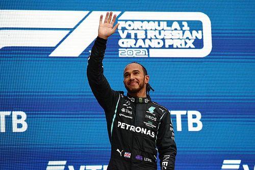 Хэмилтон: Меня никогда не звали в Ferrari. Почему?