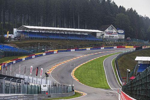 FIA waarschuwt F1-coureurs voor track limits in Raidillon