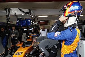 Tres miembros de McLaren son atendidos tras un incendio en el box