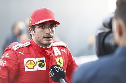 """F1 - Sainz relata 'decepção' com repercussão de fala sobre Barrichello: """"Nunca falo mal de outros pilotos"""""""