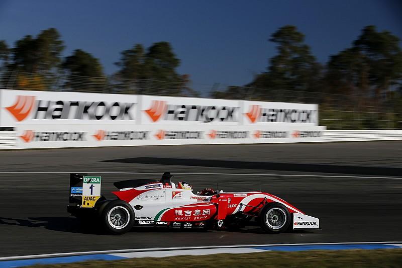 فورمولا 3 الأوروبية: زهو ينطلق أولًا بفارق 0.02 ثانية في سباق هوكنهايم الافتتاحي