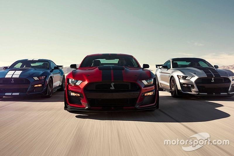 Ford представив найпотужніший в історії Mustang GT500