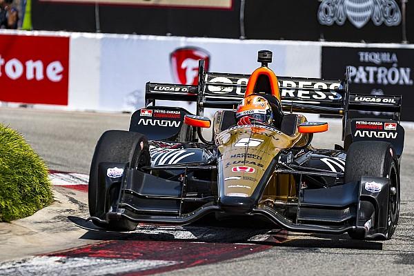 IndyCar in Long Beach: James Hinchcliffe meldet sich mit Sieg zurück