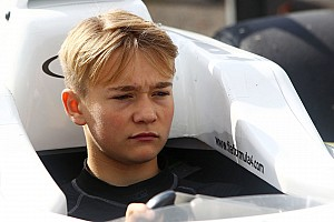 Formula 4 Breaking news Monger loses both lower legs after Donington F4 crash