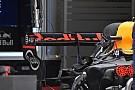 Forma-1 Laposabb hátsó szárny a Red Bullon a bakui hétvégén