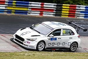 WTCR Отчет о гонке Мюллер выиграл гонку WTCR на «Нордшляйфе»