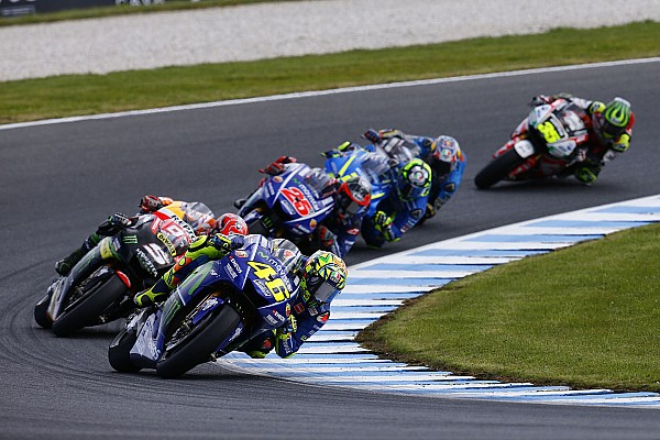 "MotoGP Australia battles force Rossi to reconsider ""vintage"" approach"