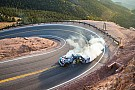 Heuvelklim Ken Block scheurt over Pikes Peak in nieuwe Gymkhana video: Climbkhana