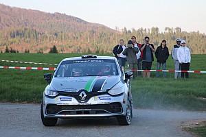 Schweizer markenpokale Rennbericht Clio R3T Alps Trophy: Ein weiterer Sieg im Palmarès von Florian Gonon