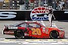 NASCAR XFINITY Erik Jones domina  en Texas y gana en Xfinity