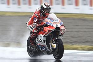 MotoGP News MotoGP-Crash in Motegi: Lorenzo und Crutchlow streiten über Schuldfrage