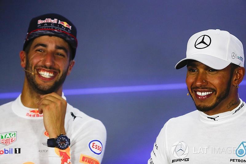 """Ricciardo az """"arany pénisz"""" után eleresztette magát: szagos sajtótájékoztató"""