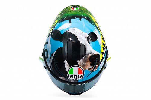 Valentino Rossi présente son casque spécial au Mugello