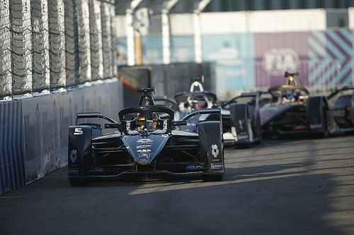 Berlin E-Prix: Vandoorne heads Mercedes 1-2 in season finale