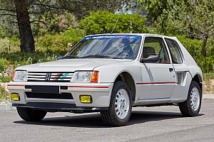 Auto Actualités Une Peugeot 205 T16 de 1985 avec 248 km au compteur!