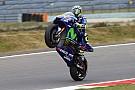 Teljes káosz: Rossi nyert Assenben Petrucci és Marquez előtt! Vinales OUT!