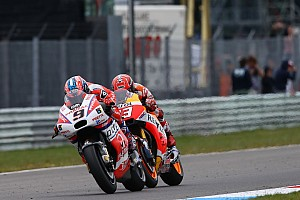 MotoGP BRÉKING Marquez és Pedrosa boldog, Petrucci a meglepetésszerű hosszabbításának örül