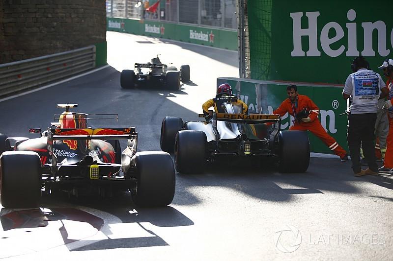 FIA прибрала бордюр у восьмому повороті в Баку