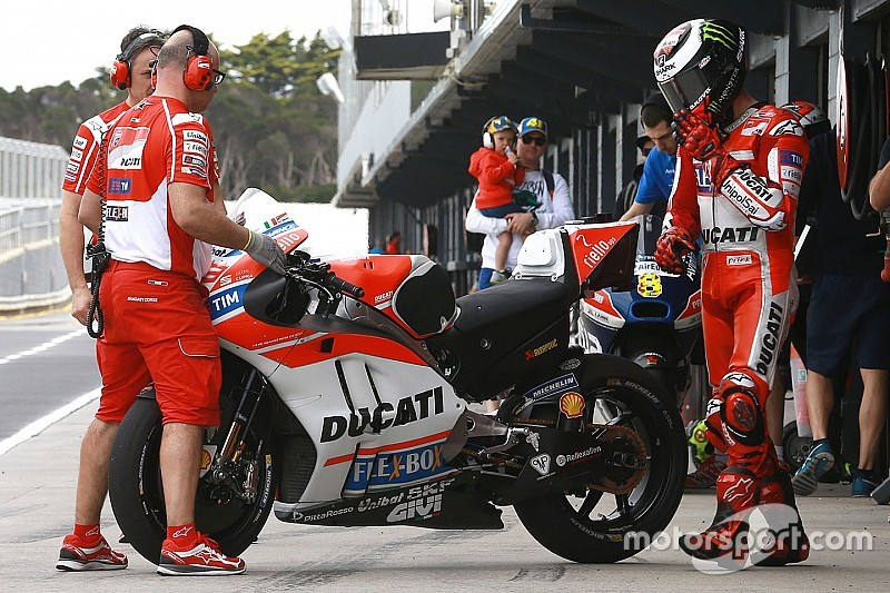Ducati brings new fairing to Qatar MotoGP test