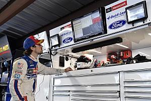 NASCAR Sprint Cup Crónica de entrenamientos Ryan Blaney lidera la primera práctica en Texas