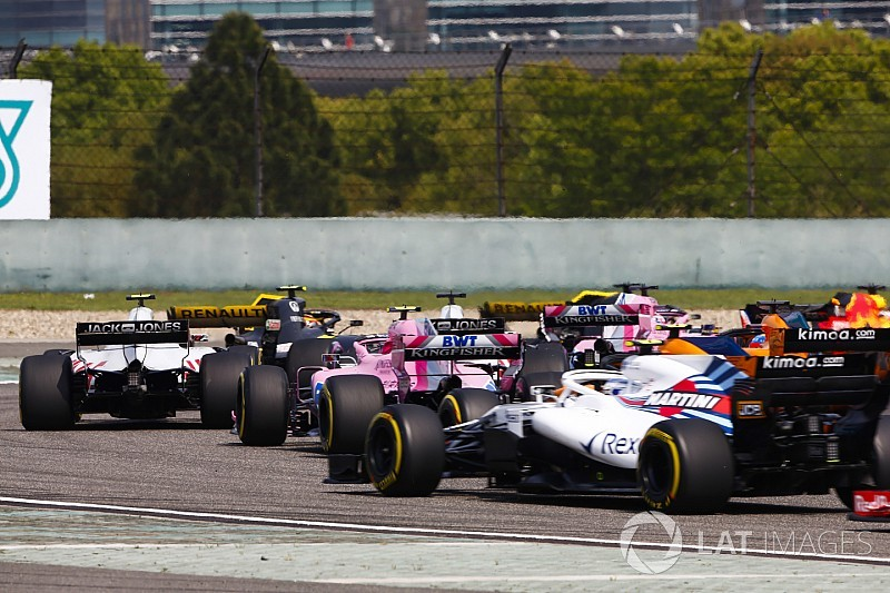 """F1 bosses """"fooled"""" by teams pushing for fuel increase"""
