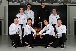Renault quiere poner los pilotos de su academia en equipos cliente