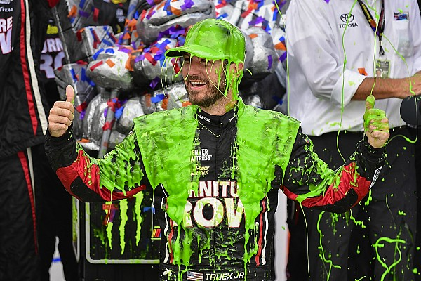 NASCAR Cup Truex opens NASCAR Cup playoffs with impressive Chicagoland win