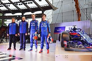Команда Toro Rosso приїхала на день Honda у Токіо
