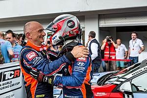 WTCR Motorsport.com hírek Tarquini: sajnálom Norbit, de hülyeség lett volna támadni egymást