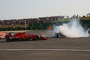 """F1 速報ニュース 息子マックスに""""がっかり""""の父フェルスタッペン「思慮深くなるべき」"""