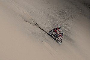 Three-hour Benavides penalty ends Honda's Dakar hopes