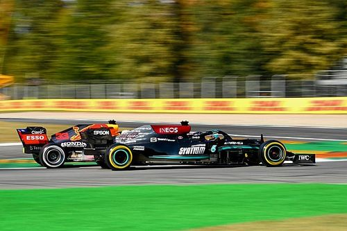 Hamilton: Pressure of first title shot may be impacting Verstappen