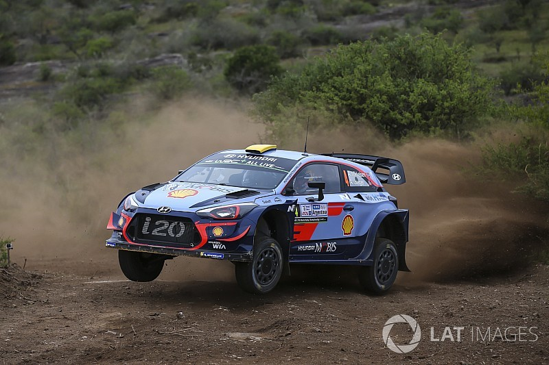 Argentina WRC: Mikkelsen takes lead ahead of Tanak