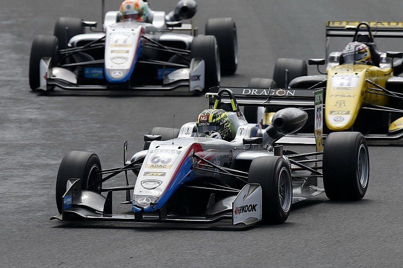Ahmed repite victoria y se afianza como líder del Europeo de F3