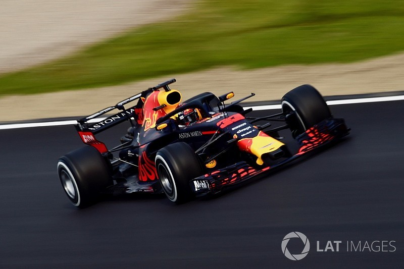 """Verstappen diz que sente """"grande diferença"""" com novo carro"""