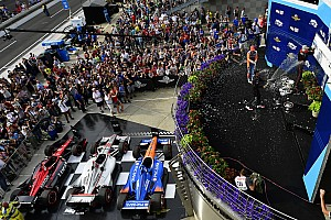 IndyCar Crónica de Carrera Will  Power le da al equipo Penske su triunfo 200