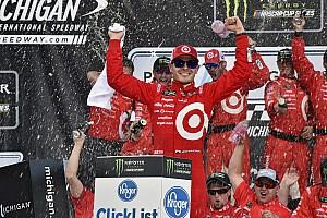 NASCAR Cup Relato da corrida Larson aparece no fim e supera domínio de Truex em Michigan