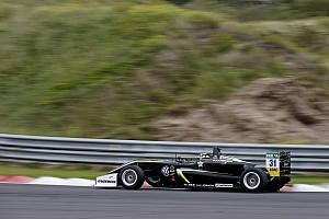 فورمولا 3 الأوروبية تقرير السباق فورمولا 3: نوريس يُهيمن على السباق الافتتاحيّ في زاندفورت